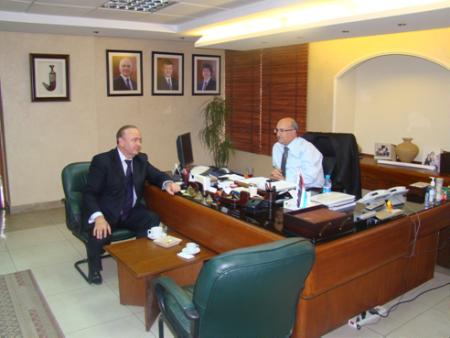 Зам.председателя РИДС г-н  Кононенко В.А. и I заместитель Министра водных ресурсов и ирригации Иордании г. Мунир Овейс обсуждают итоги встречи
