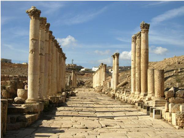 Древние постройки в Джараше