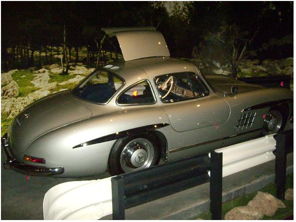Роскошный автомобиль из королевской коллекции