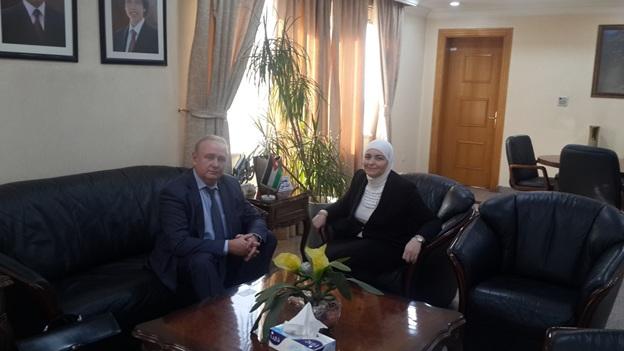 Зам. председателя, директор РИДС В.А. Кононенко, I-ый зам. министра энергетики и природных ресурсов Иордании госпожа Амани Аль-Аззам