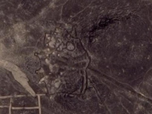«Ромбовидный» геоглиф в Иордании. Фото: Google Earth